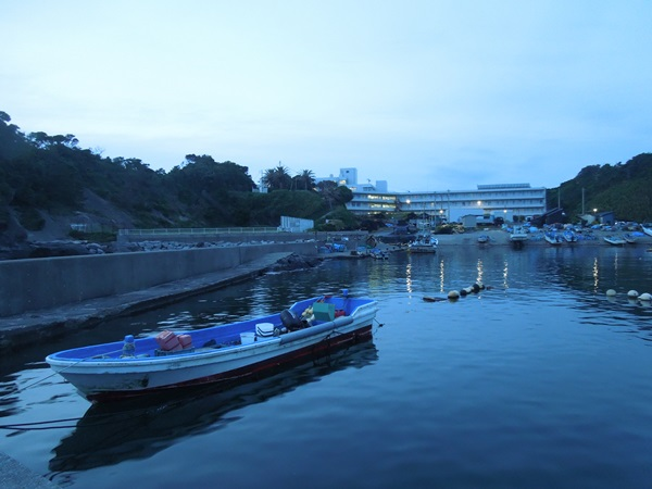 アナゴ釣りは漁港内が好ポイント