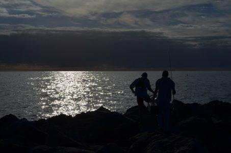 ヘッドランプで安全に夜釣り!