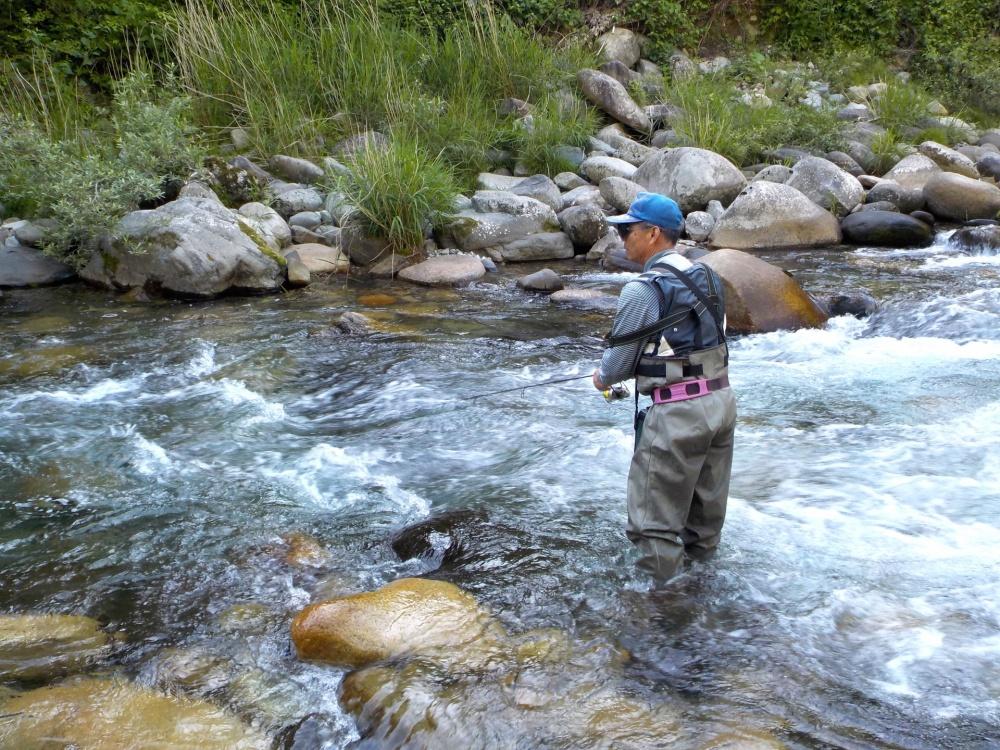 渓流におすすめのウェーダー