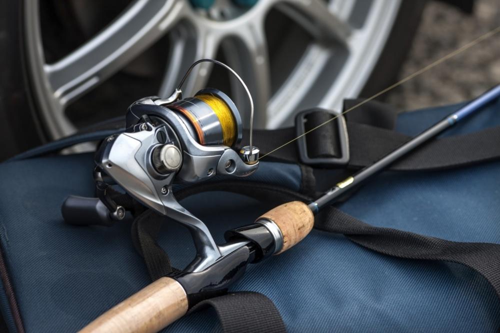 太刀魚ワインドには2500番程度のスピニングリールが使いやすい